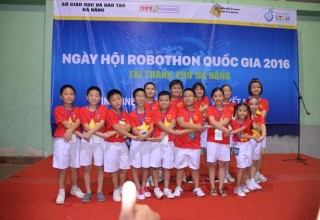 Tham gia Ngày hội Robothon cấp quốc gia 2016