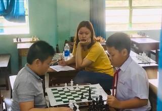 Tham gia Hội khỏe phù đổng cấp Quận Môn Cờ Vua