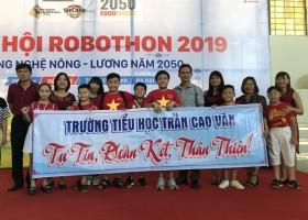 HỌC SINH THAM GIA NGÀY HỘI ROBOTHON 2019